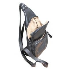 Bolsa masculina transversal em couro preto Eldorado